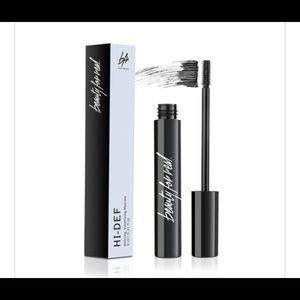 Beauty for real Hi-Def mascara